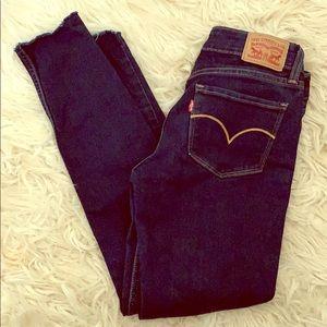 Levi's 535 Super Skinny Jeans - 27